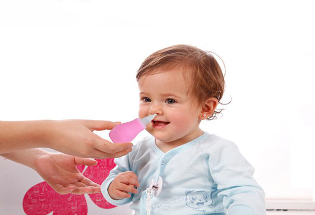 как почистить нос новорожденному