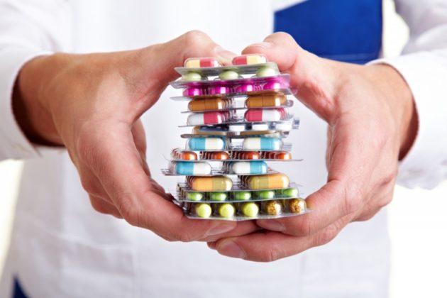 Медикаментозное лечение хронического синусита должно проходить под наблюдением врача
