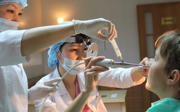 При неэффективности медикаментозного лечения назначается хирургическое