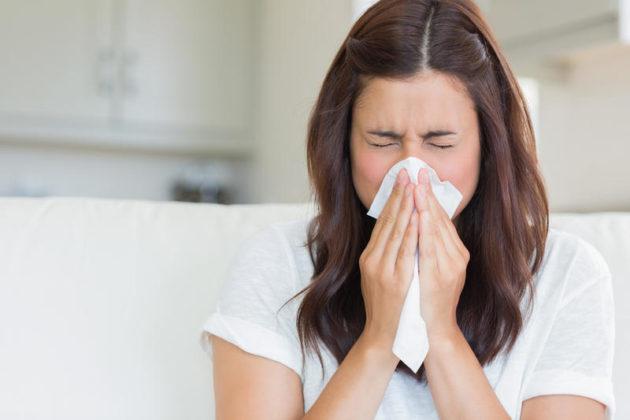 Запущенный ринит - одна из причин появления полипов в носу