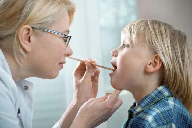 Увеличенные гланды у ребенка
