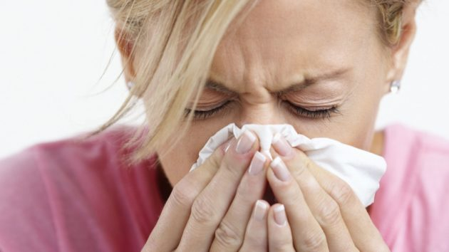 Капли и спрей Називин эффективно снимают заложенность носа