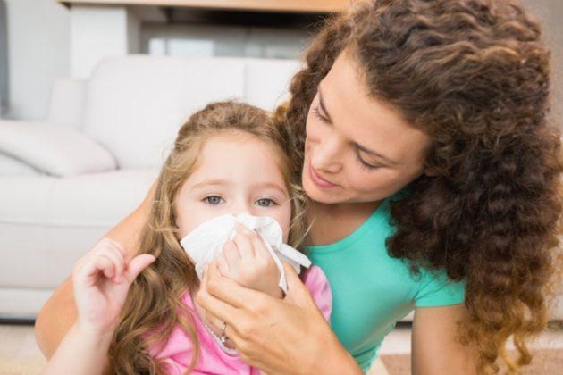 Ринонорм детский можно применять для лечения наморка у детей с 2 лет