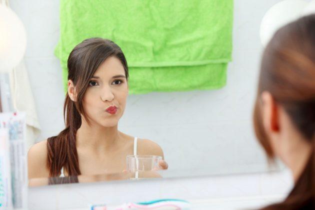 Сода используется для ингаляций и полосканий рта