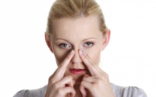 Акупунктурный массаж поможет, если заложен нос