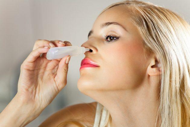 Если заложен нос, помогут сосудосуживающие капли