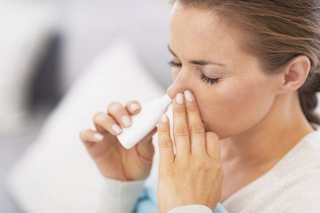 Распылять Изофру в нос нужно согласно инструкции