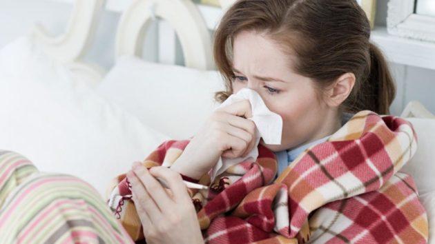 Симптомы гайморита можно спутать с ринитом