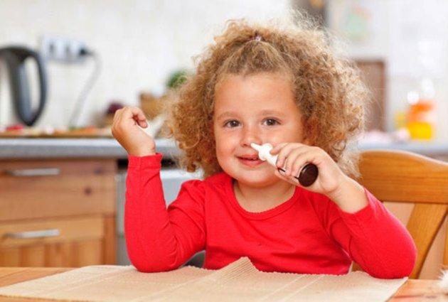 софрадекс в нос детям