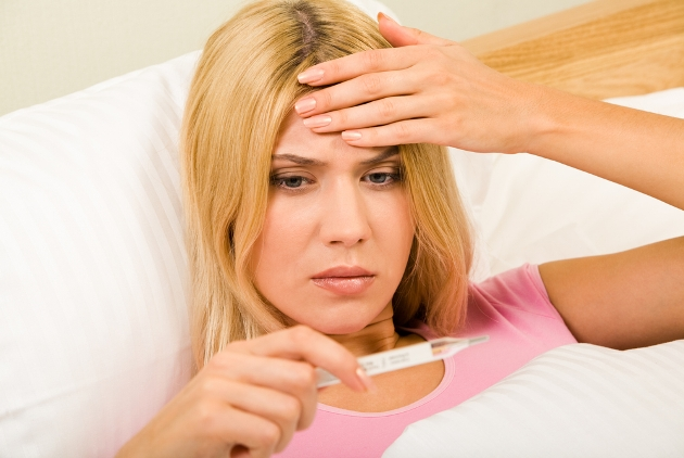 катаральный ринит часто сопровождается температурой