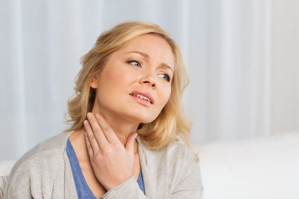 боль в горле при аллергии