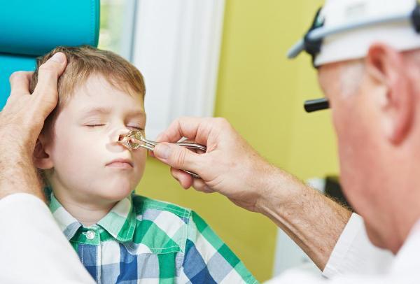 вазомоторный аллергический ринит лечит отоларинголог