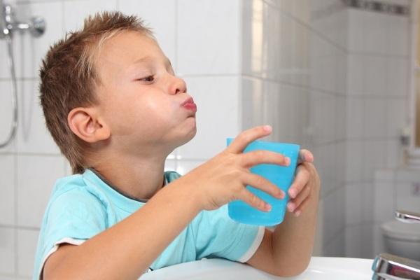 полоскание горла при увеличении миндалин у детей