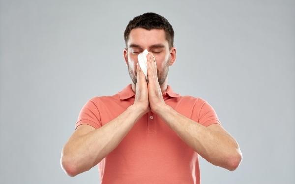 сопли из одной ноздри