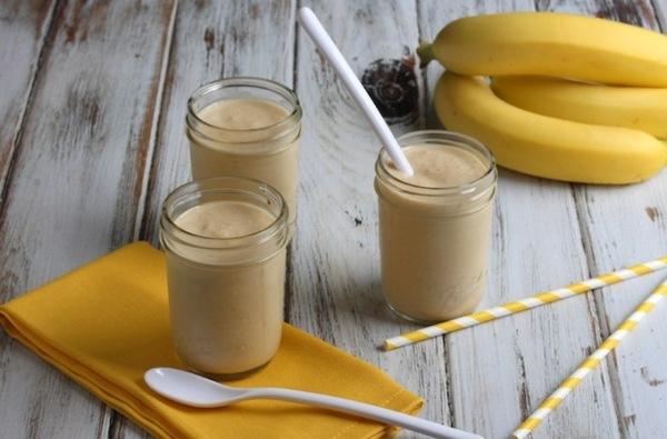 Банан с медом и молоком от кашля