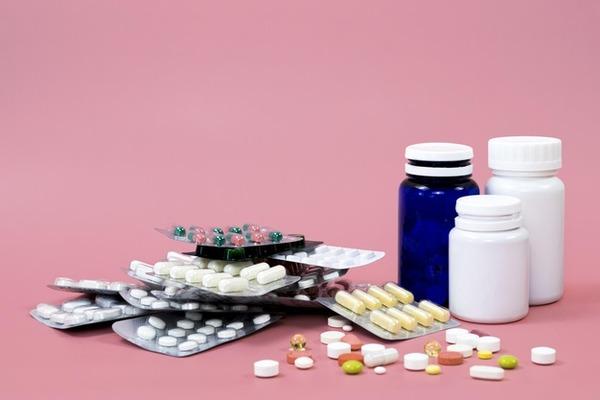 Лекарства от кашля подбираются в строго индивидуальном порядке